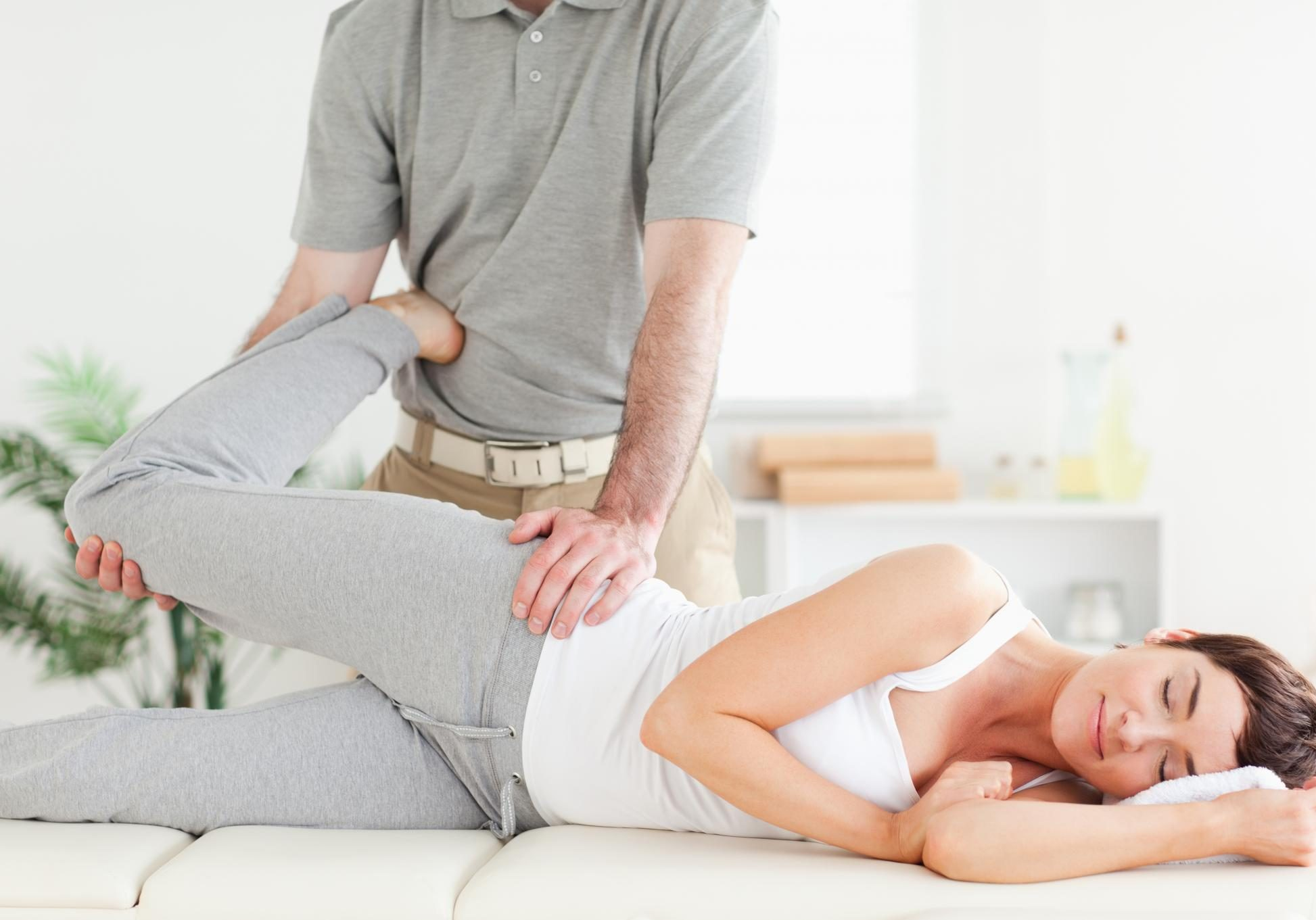 Spinal Adjustments and Chiropractic Services - Osteopathy 2